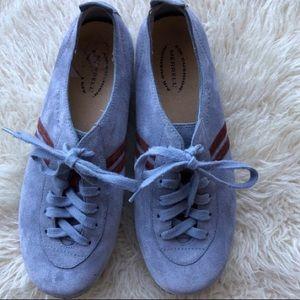 Shoes - Merril size 9 comfort